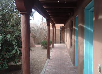 residence-walkway